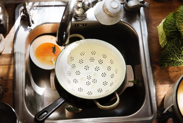 bowl-dirty-dirty-dishes-1385754